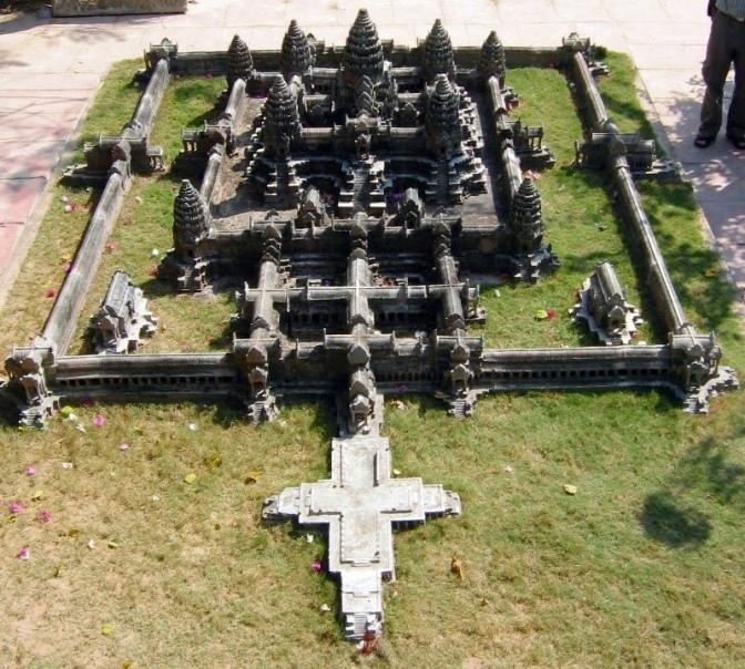 Angkor-wat-central